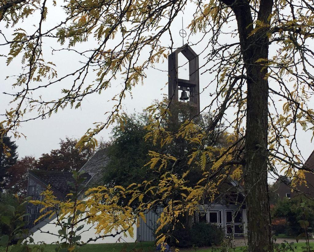 Bild der Auferstehungskirche Heide