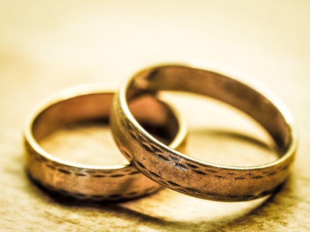 Eheringe als Sinnbild für Hochzeit