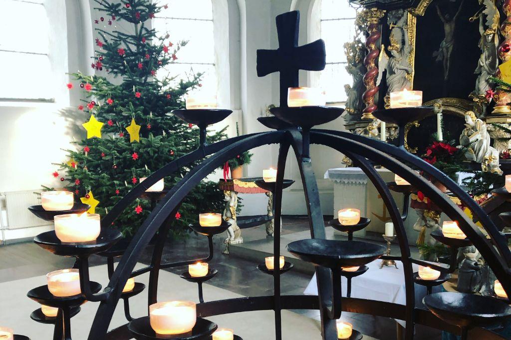 Kerzen beim letzten Gottesdienst
