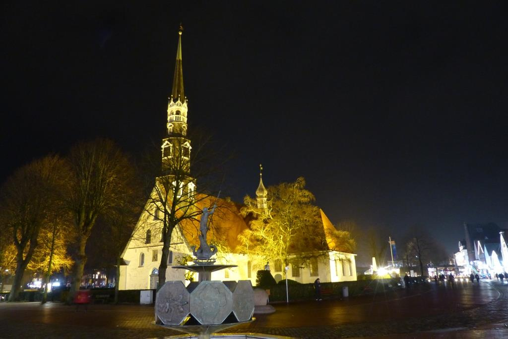 St. Jürgen bei Dunkelheit